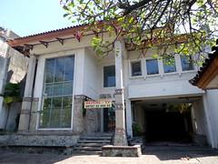 Griya Bank Nusa (Ya, saya inBaliTimur (using album)) Tags: building gedung architecture arsitektur denpasar bali office kantor