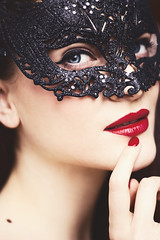 Alexandra with mask (jRadost) Tags: alexandra alex mask venezia venedig venice style black red lips fingertips nails beauty portrait blue eyes jradost photography canoneos550d eos 550d ef 50mm f18 18