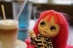 299/365 Can I please have a huge coffee (omgdolls) Tags: blythedoll blythe blythe365 adelaideskye dollypunk21 pureneemobody pink