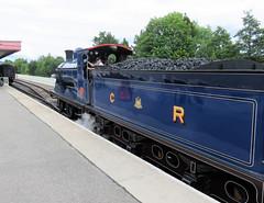 260 | steam engine – Aviemore station (Mark & Naomi Iliff) Tags: aviemore strathspeyrailway railway preserved heritage railroad steam engine locomotive 828 caledonianrailway class812 060 1899 kettle