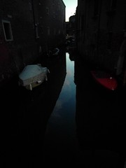 White boat - red boat at twilight - Venice, Italy (ashabot) Tags: venice veniceitaly italy internationalcities canal canals boats