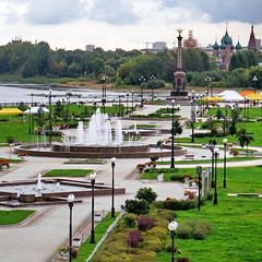 An excursion to Yaroslavl is a great chance to plunge into romantic atmosphere and touch Russian history (One to Russia) Tags: onetorussia showmerussia russia tour tours tourist ярославль тур золотоеколцо travel traveling travelgram travellife travelrussia traveltorussia thegoldenring welcometorussia citybestpics beauty livingeurope adventure italianlandscape mytrip art venice roma florence follow