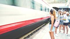Gare de Monterosso (Fabrice1965) Tags: italie ligurie méditerranée laspezia portovenere gare train attente cinqueterre monterosso vernazza corniglia manarola riomaggiore