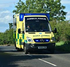 NA64LZM (Cobalt271) Tags: na64lzm neas mercedes sprinter 519 cdi was nhs emergency ambulance