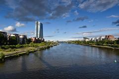 2017 EZB im Sommer (mercatormovens) Tags: frankfurt frankfurtammain nikon ezb weselerwerft mainufer deutschherrnufer architektur