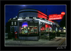 Fuzzys in Saginaw (the Gallopping Geezer '4.8' million + views....) Tags: restaurant food dine diner dinner icecream drink saginaw mi michigan night nighttime sign signs signage light lights canon 5d3 24105 geezer 2016