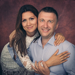 Счастливые Люди (MissSmile) Tags: misssmile family couple together memories portrait studio hug embrace connection smiles happy