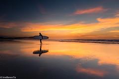 Beyond the ninth wave (IrreBerenTe Natalia Aguado) Tags: surf surfing sunset sanvicentedelabarquera cantabria beach landscape reflect irreberentenataliaaguado cloudscape sky clouds yelow rider sport