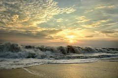Alleppey, Kerala Beach (Parth_Joshi) Tags: alleppey kerala beach sea sun set nature clouds nikon d7000 india waves