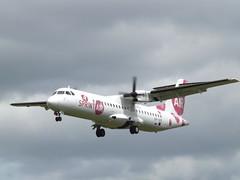 SP-SPE ATR-72 -202 SprintAir (Aircaft @ Gloucestershire Airport By James) Tags: gloucestershire airport spspe atr72202 sprintair egbj james lloyds