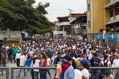 (Sebastian Astorga) Tags: 26deoctubre calle ciudad desorden estudiantes marcha oposicion protestas represion tomadevenezuela urbana urbano venezuela violencia riots protests manifestations demonstrators police journalism
