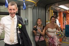 Frankfurter Hochzeit-bw_20170722_2171.jpg (Barbara Walzer) Tags: brautpaar heiraten hochzeit ubahn