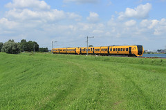 NSR 3434+3437 @ Zwolle (Sicco Dierdorp) Tags: ns nsr reizigers dm90 buffel serie3400 zwolle wierden enschede polder sekdoorn