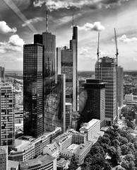 Frankfurt am Main (wernerfunk) Tags: hessen gebäude architektur einfarbig