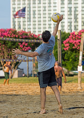 2017-07-17 BBV Men's Doubles (29) (cmfgu) Tags: craigfildespixelscom craigfildesfineartamericacom baltimore beach volleyball bbv md maryland innerharbor rashfield sand sports court net ball outdoor league athlete athletics sweat tan game match people play player doubles twos 2s men