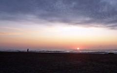 Sonnenaufgang über dem Meer (loitz79) Tags: fra frankreich geo:lat=4313098500 geo:lon=314234300 geotagged gruissan languedocroussillon vires mittelmeer plagedesayguades sonne sonnenaufgang strand