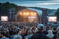 Atmosphere - Main Stage - Tramlines 2017-15 (Tramlines Festival Official) Tags: 2017 atmosphere crowds friday mainstage ponderosa sheffield simonbutlerphotography thelibertines tramlines2017 wwwsimonbutlerphotographycom
