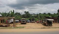 Along East-West Road A2 - Elele Alimini 20170717-06 (Delondiny) Tags: a2 alongeastwestroad elelealimini nigerdelta nigeria riversstate