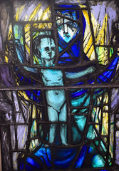 Virgin and Christchild (1956) (Simon_K) Tags: ely cambridgeshire cambs eastanglia cathedral window glass stained sgm nikon d5300