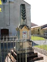 79-La Bataille* (jefrpy) Tags: guerrede1418 warmemorial ww1 poitou psaget 79deuxsevres inferieura50 france monumentauxmorts