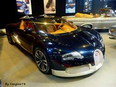 "Bugatti Veyron Grand Sport 16.4 ""Soleil de Nuit"" 2011 (fangio678) Tags: retromobile paris 09 02 2017 bugatti veyron grand sport 164 soleildenuit 2011 french francaise"