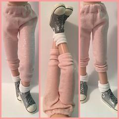 Pink Pistol...Leggings For Blythe...