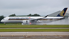Singapore Airlines Airbus A350-941 9V-SMO (StephenG88) Tags: manchesterairport man egcc 23l 23r boeing airbus 16thjuly2017 16717 71617 singaporeairlines sq sia singapore a350 a359 a350900 a350941 9vsmo