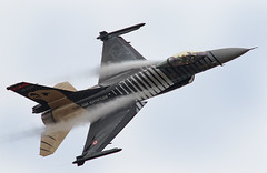 """F-16 Fighting Falcon """"Solo Turk"""" Display (Turkish Air Force) (Gavin Pardoe..) Tags: riat 2017 riat2017 turk jet solodisplay f16 fightingfalcon militaryjet"""