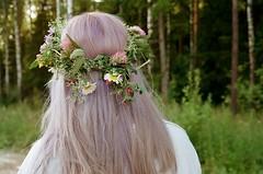 Dear sister, jul2017 (juliagarkushenko) Tags: film photo filmism analogonly kodak minolta flowers girls nature filmisnotdead 35mmphootography