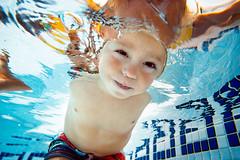 Hello ! (danrunisland) Tags: underwater underwaterkids underwaterphotography underwaterphoto swimmingpool