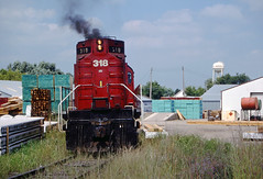 Switching Hugo (Missabe Road) Tags: mnnr 318 minnesotacommercial rs27 gbw hugo roseville alco