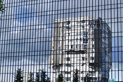 Earthquake (Patnrita) Tags: building immeuble architecture portedebagnolet panasonic earthquake seinesaintdenis fz1000 lumix france 93 bajo bagnolet mercuriales reflection