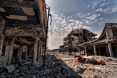 Mossoul (rvjak) Tags: enfer hell iraq irak war guerre destruction building avenue road ruin ruine dust terror terreur mosul mossoul explosion