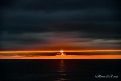 Sunset - Puesta de sol (breijar - MARCOS LOPEZ ALONSO) Tags: sol puesta paisaje d500 1680 nikon calma preciosa sun sea great wonder sunset serenidad airelibre cielo nube anochecer naranja oranje mar