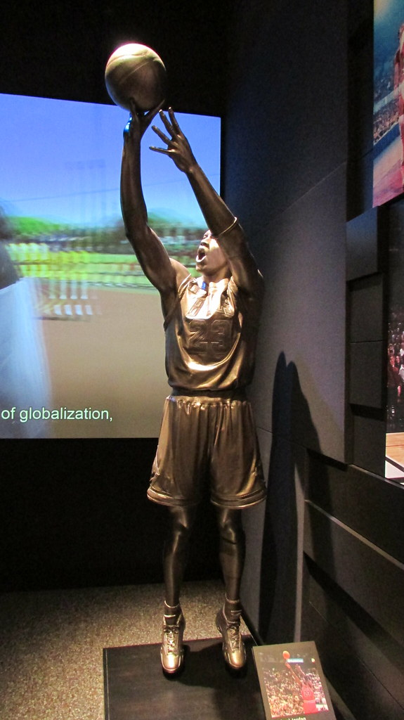 23403c29f24 The World's Best Photos of michaeljordan and statue - Flickr Hive Mind