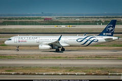 """PVG.2016 # MU - A321 B-1838 """"SkyTeam"""" awp (CHR / AeroWorldpictures Team) Tags: china eastern airlines airbus a321231wl cn 6203 engines 2x iae v2533a5 reg b1838 painted skyteam special colours history aircraft first flight test dazan built site hamburg xfw germany delivered chinaeasternairlines mu ces config cabin c12y170 alliance airways taxiways plane airplanes a321 a321200 winglets wl nikon d300s zoomlenses nikkor 70300vr raw lightroom awp asia asian chinese shanghai pudong pvg zspd"""