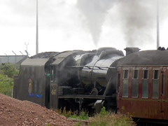 262   steam engine – Mallaig (Mark & Naomi Iliff) Tags: mallaig rail railway station train engine loco locomotive kettle stanier black5 260 45407 lancashirefusilier