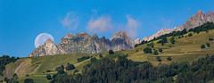 IMG_4566-Panorama.jpg (Henri Eccher) Tags: aigueblanche france lune savoie rhônealpes lauziere potd:country=fr