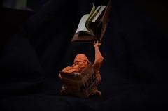The Librarian (Nikita Vasiliev) Tags: origami origamiart paper paperart quentintrollip thelibrarian orangutan davidbrill books terrypratchett diskworld