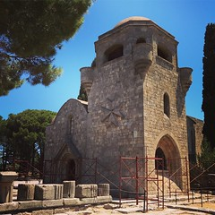 (Svart13) Tags: chapel church filerimos knightsofsaintjohn maltesecross rodos rhodes