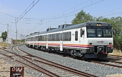 Javier Robles Zurdo (Javirenfe251.004.8) Tags: renfe 592 diesel trenes rail trains trainspotter automotor toledo tren ferrocaril españa trainspotting