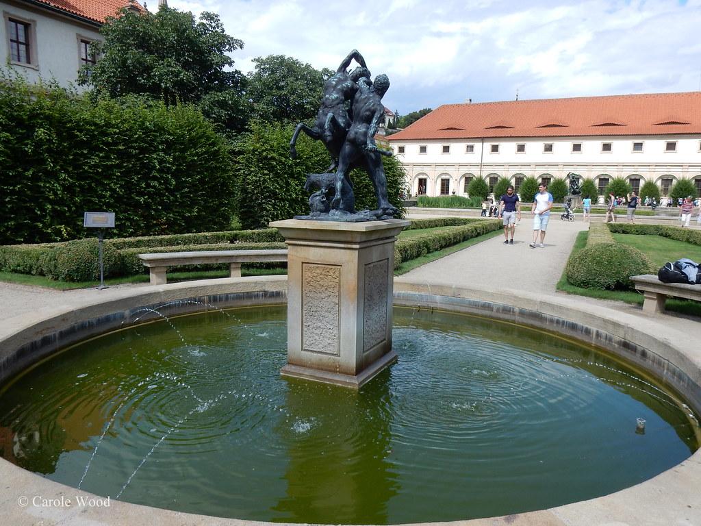 The world 39 s best photos of praha and wallenstein flickr for Le jardin wallenstein