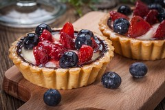 Fresh homemade fruit tart with strawberries and blueberries. (АнастасияЩербинина) Tags: tart fruit cream fresh strawberry blueberry temptation delicious crust blackberry dessert sweet horizontal homemade gourmet raspberry pie tasty bakery bake sugar pastry food chocolate snack poland