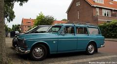 Volvo Amazon Kombi 1969 (XBXG) Tags: de9440 volvo amazon kombi 1969 volvoamazon stationcar stationwagen station wagon break estate blue bleu piet heinstraat haarlem nederland holland netherlands paysbas vintage old classic swedish car auto automobile voiture ancienne suédoise sverige sweden zweden vehicle outdoor