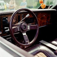 2017-97_carshow_minoltaautocord_fujins160_008-7 (Trill@P) Tags: minoltaautocord minolta analog film scan mf mediumformat 6x6 fuji fujins160 color carshow oldtimer cars