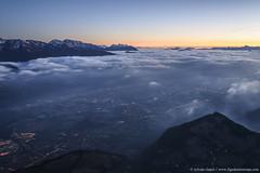 DSC_7486 (www.figedansletemps.com) Tags: dentdecrolles chartreuse merdenuage brouillard brume fog belledonne grenoble grésivaudan alpes alps montagne mountain coucherdesoleil sunset bluehour heurebleue