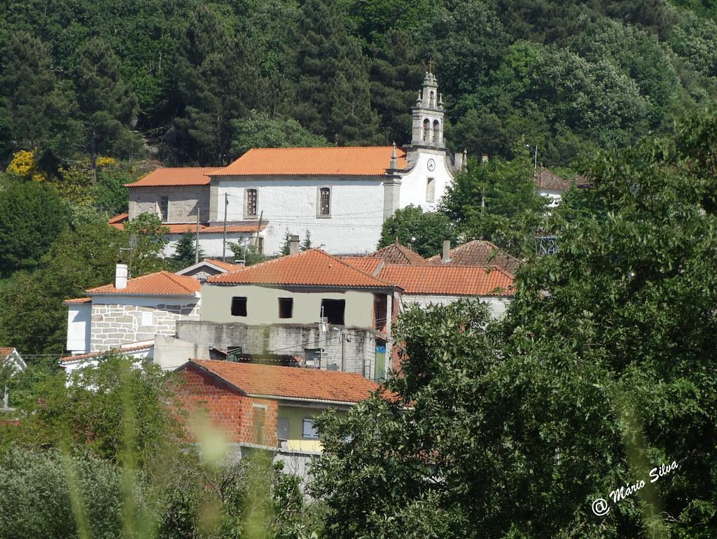 Águas Frias (Chaves) - ... a igreja e o lugar da Lampaça ...