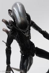 _DSC1034 (ZeroToyz) Tags: alien thedrone エイリアン revoltech 山口式 海洋堂 海洋堂山口式