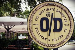 The O/D (Sautterry) Tags: southcarolina sullivansisland restaurant sign theobstinatedaughter