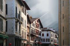 San juan de luz (Luis DLF) Tags: sanjuandeluz landas francia basquecountry houses casas piedra iglesia